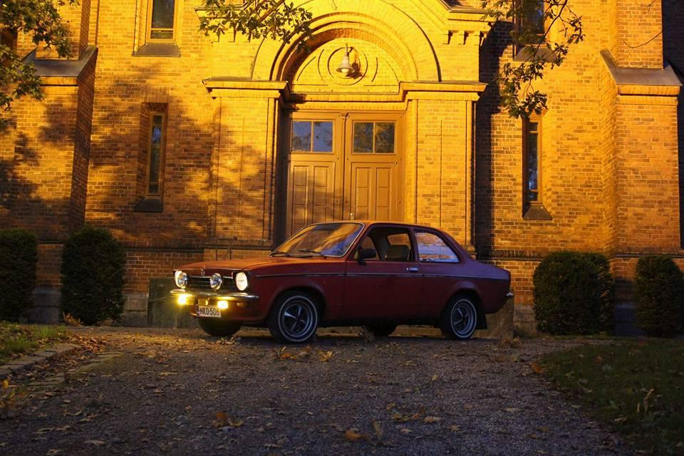 Opel Kadett C1 Festival Punainen