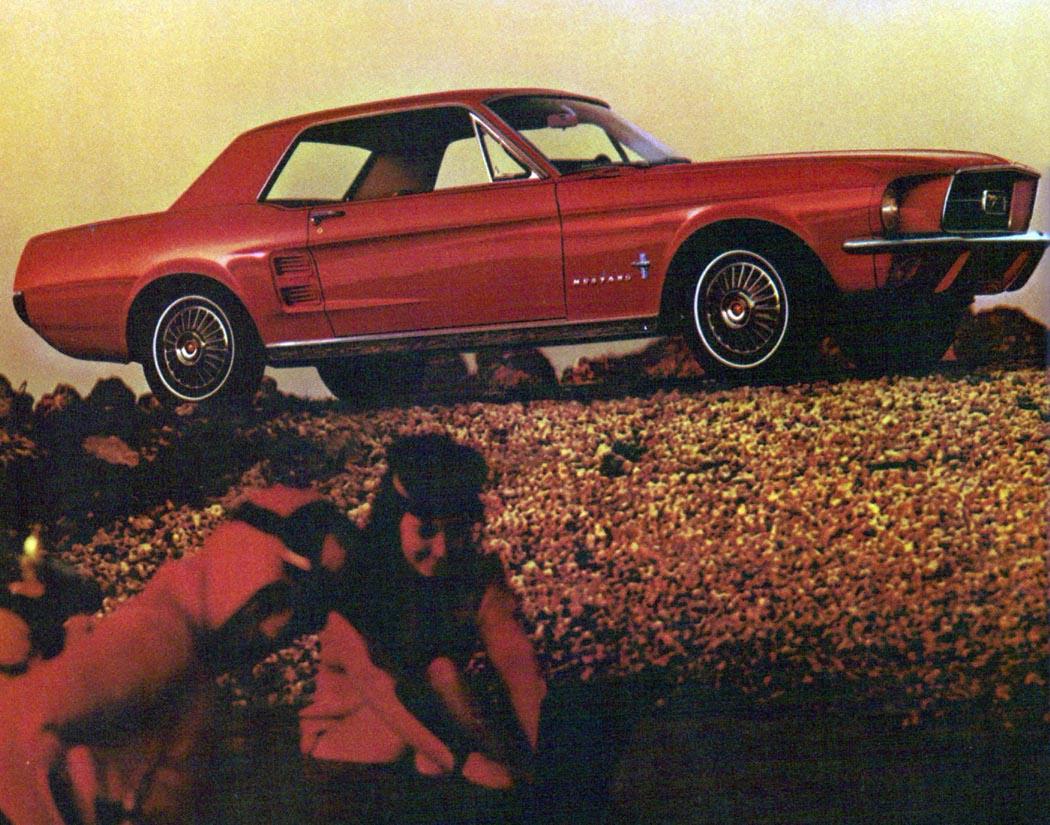 1967-Ford-Mustang-Hardtop-Mainos