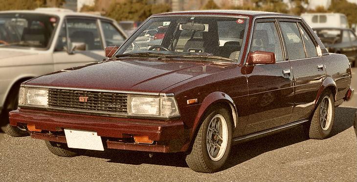 Toyota-Corolla-Sedan-1600-TE71